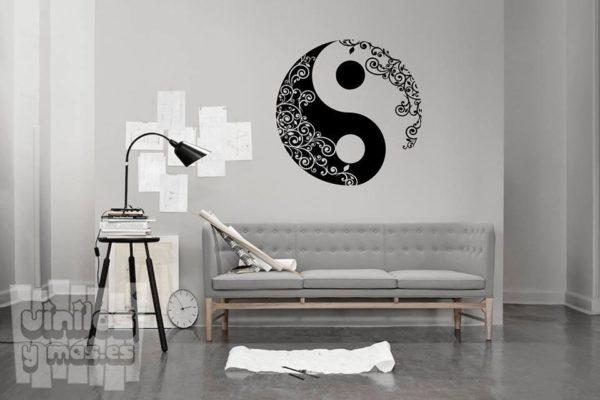 Vinilo decorativo yin y yang enredaderas