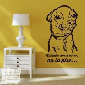 """Vinilo decorativo Chihuahua """"cuidado con el perro, no lo pise"""""""