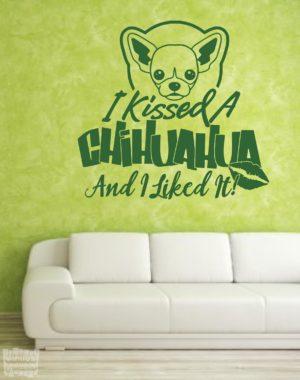 Vinilo decorativo Chihuahua i kisses
