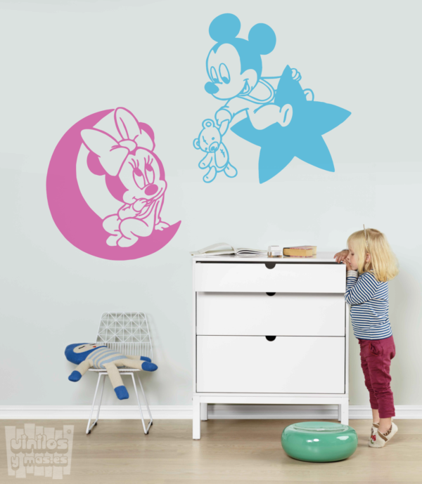 "Vinilo decorativo minnie y mickey ""luna y estrella"""