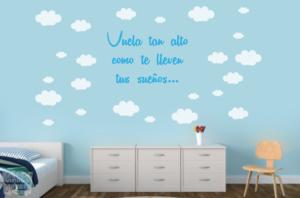 Vinilo decorativo nubes + frase personalizada