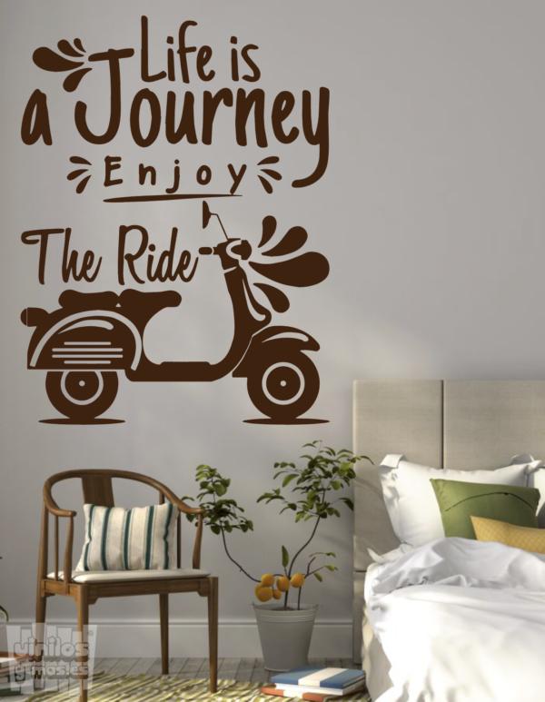 """Vinilo decorativo Vespa """" life a journey enjoy the ride"""" - """"La vida es un viaje diario, disfruta del paseo"""""""
