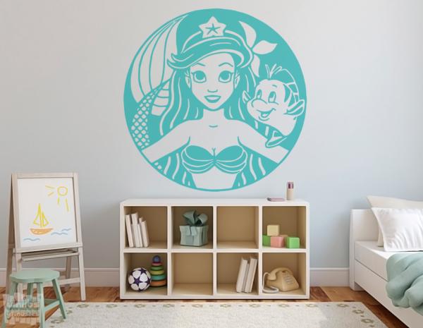 """Vinilo decorativo dibujo de la sirenita """"Ariel y Flounder"""""""