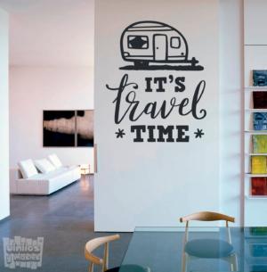 """Vinilo decorativo It's travel time """"Es tiempo de viaje"""""""