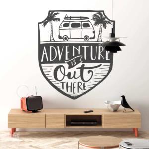 """Adventure is out there """"La aventura esta hay fuera"""""""