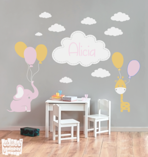 """Vinilo decorativo Conjunto niña """"elefante, jirafa y nubes + nombre"""""""