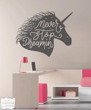 """Vinilo decorativo Never stop dreamin """"nunca dejes de soñar""""."""